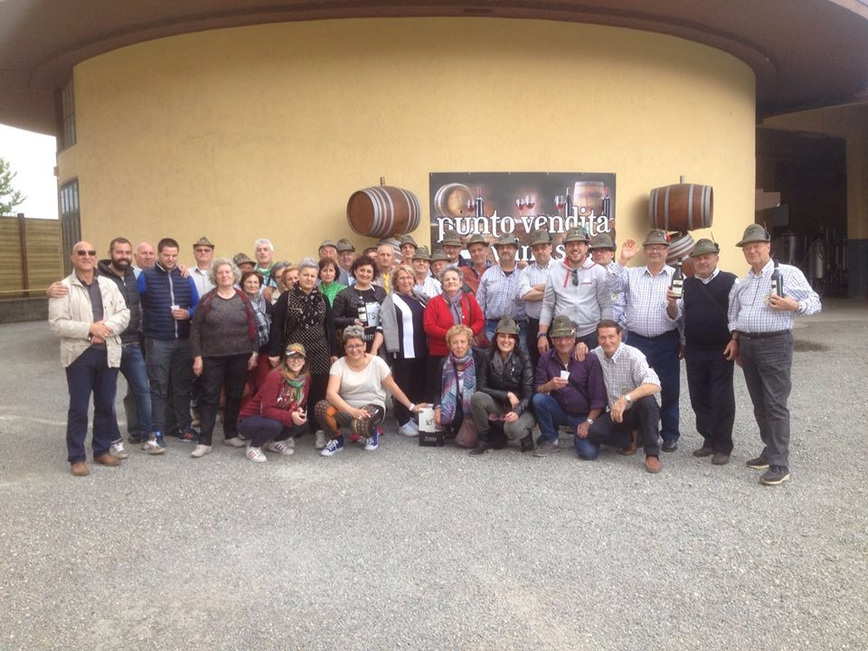 Alpine Military Corp visiting La Torre di Castel Rocchero